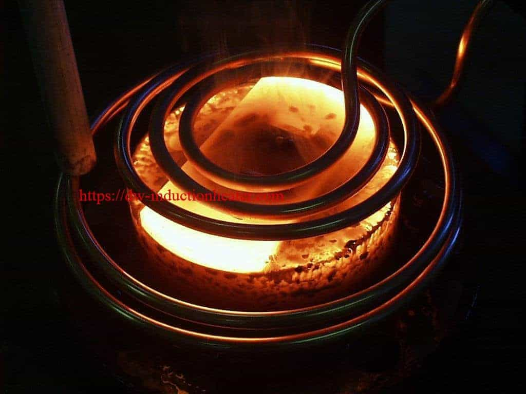 Induction Brazing Steel To Carbide Plate Heater 15kw 30 80khz All Solid State Heating Melting Furnace