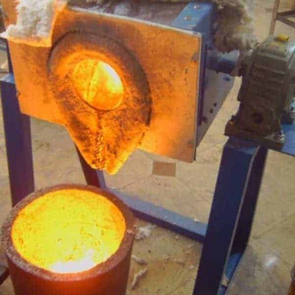 ኢንሽን_melting_furnace