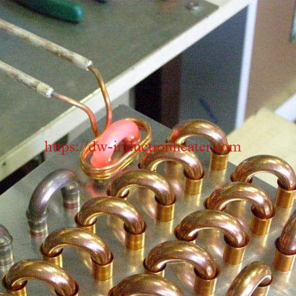 Makinë brazing induksion