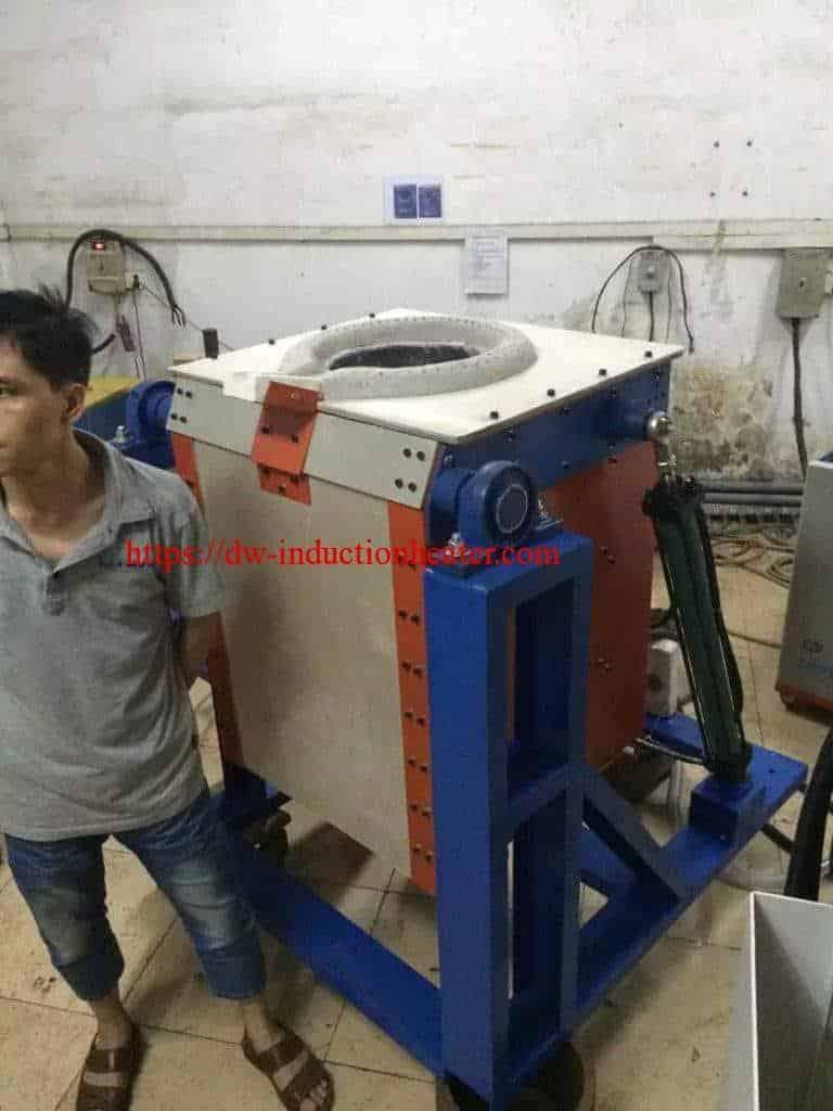 Индукција печка за топење метали на навојување