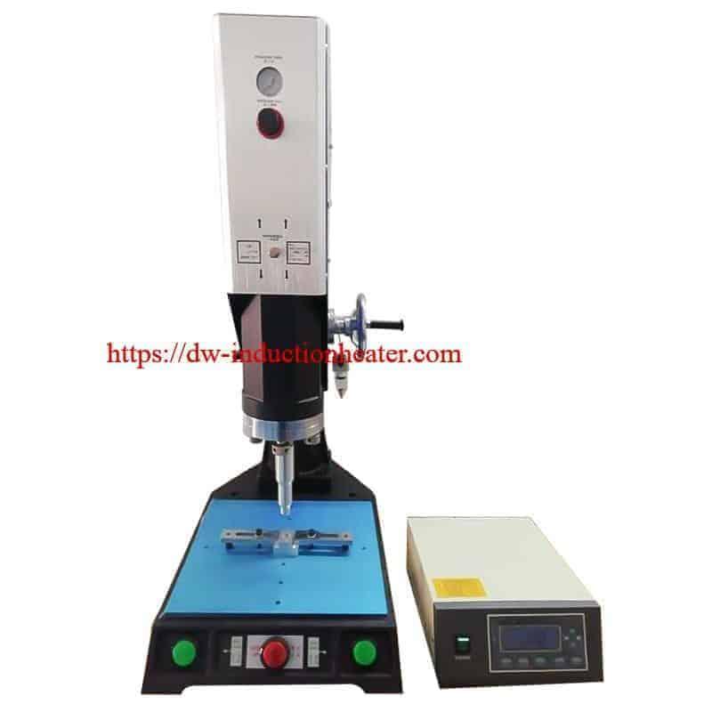 machine de soudage par ultrasons en plastique - soudeuse en plastique par ultrasons