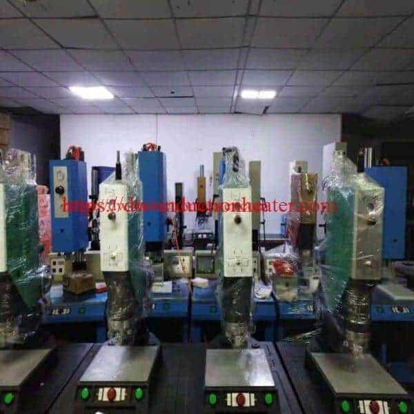 máquina de soldar por ultrasóns-soldador de plástico por ultrasóns
