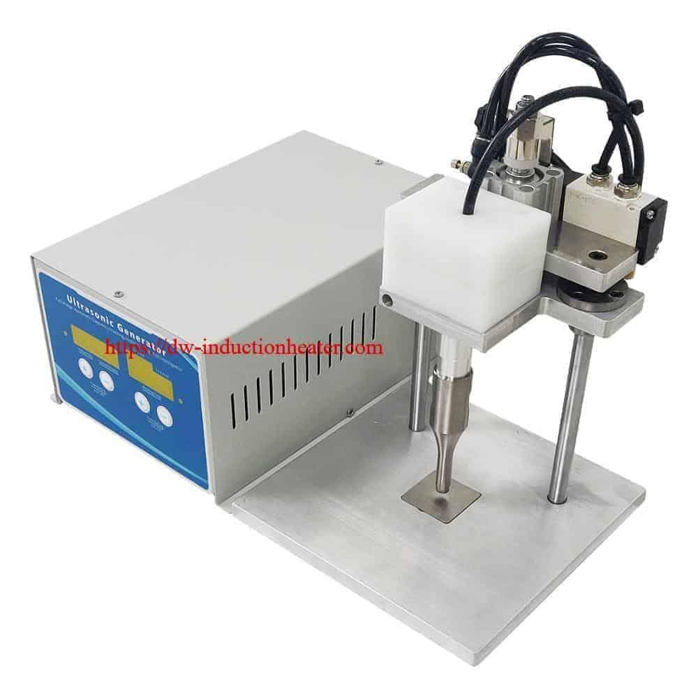 I-mask ye-ultrasonic i-earloop indawo ye-welding machine-KN95 i-mask welder