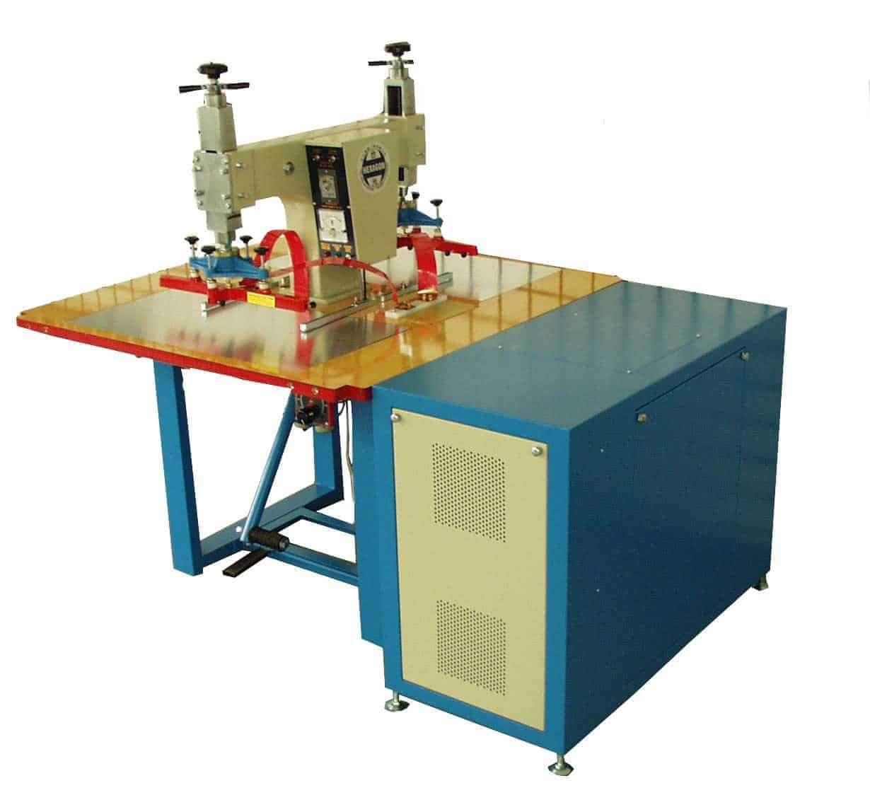 Machine de soudage plastique RF